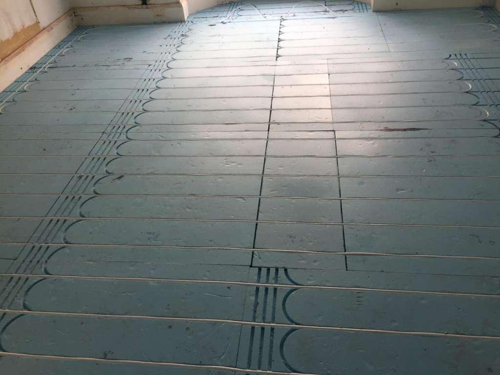 Underfloor heating installation 3